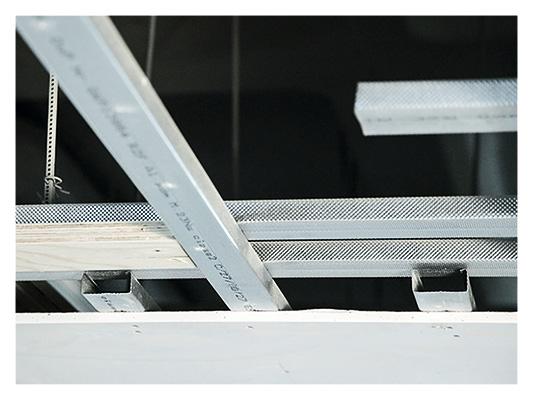 Kevyt ja kestävä katto teräksestä